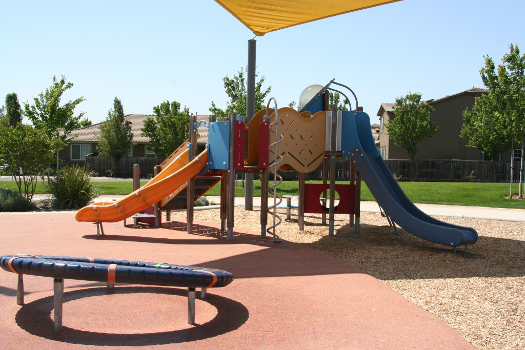 Kunsting Family Park Playground